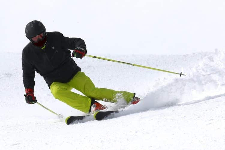 best knee brace support for skiing